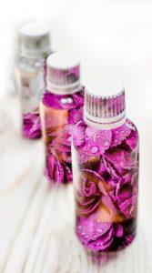éterické oleje v lahvičce
