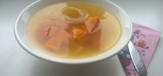 Dýňovo-jáhlová polévka